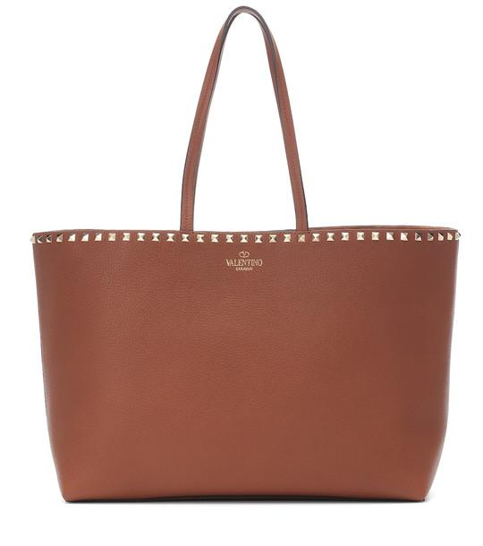 Valentino Garavani Rockstud leather tote in brown