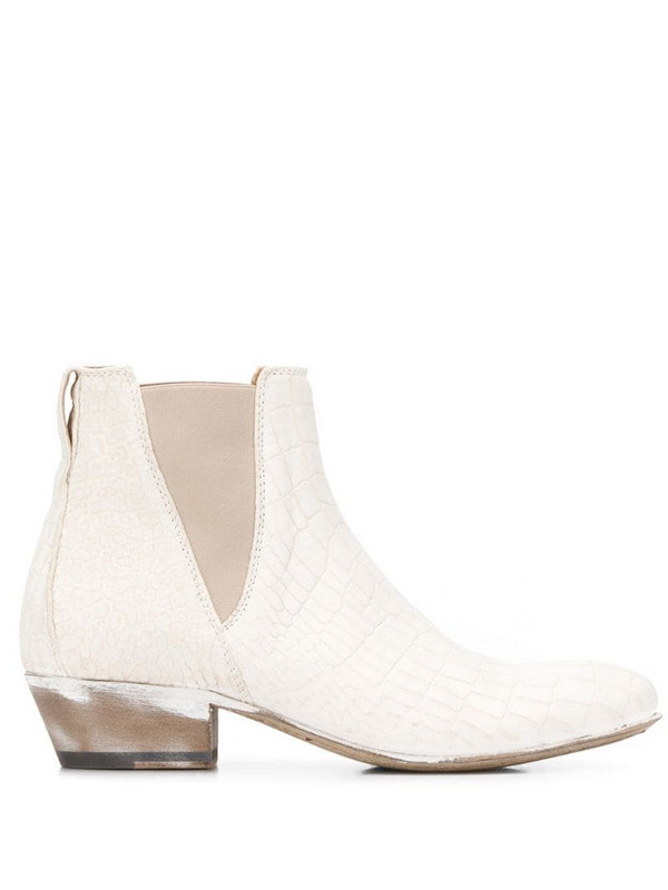 Moma New Mexico 35mm ankle boots in white