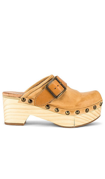 Free People Culver City Clog in Nude in camel