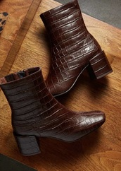 shoes,boots,alligator print,brown,brown leather boots,booties,ankle boots