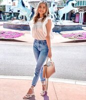 top,white blouse,white sandals,bag