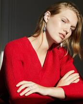 jewels,sweater