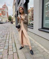 dress,long cardigan,loafers,blazer,black bag