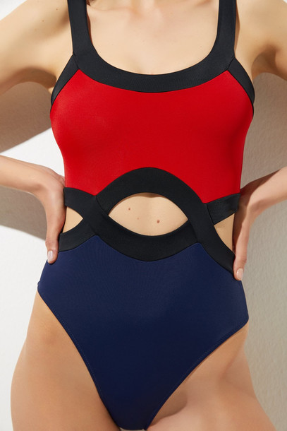 Oye Swimwear Clio