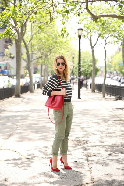 my style pill blogger sunglasses sweater pants shoes bag