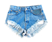 shorts,distressed denim shorts,High waisted shorts,denim shorts,cut off shorts