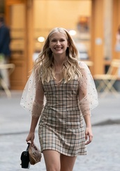 dress,emily in paris,camille,razat,camille razat,netflix,stars,tv,celebrity,actress