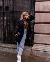 jeans,cropped jeans,straight jeans,white sneakers,black bag,black coat,double breasted,zebra print,top