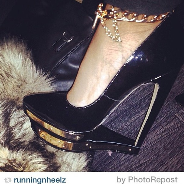 shoes gold black jeans