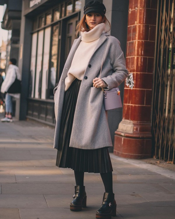 skirt pleated skirt black dress midi dress ankle boots black boots grey coat tights turtleneck sweater bucket bag black skirt beret