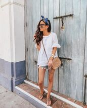 top,white top,lace top,short sleeve,denim shorts,slide shoes,gucci bag