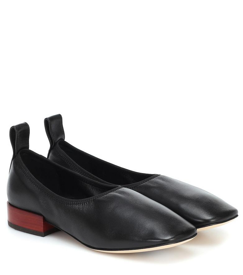 Loewe Leather ballet flats in black