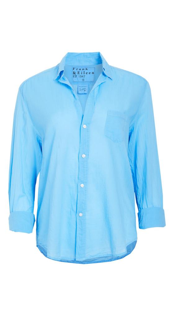 Frank & Eileen Womens Button Down Shirt in blue