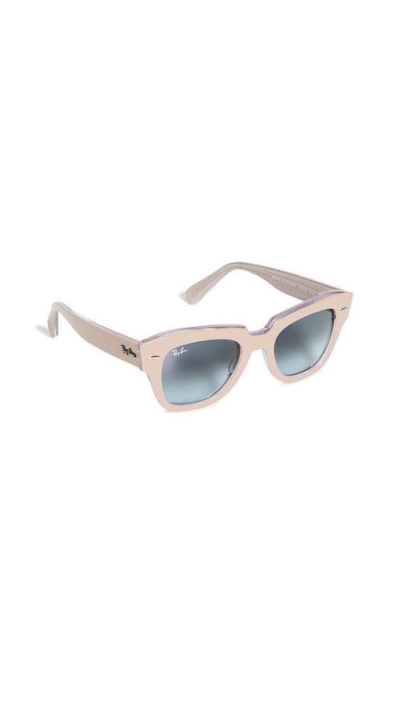 Ray-Ban Icons Wayfarer Sunglasses in blue / beige