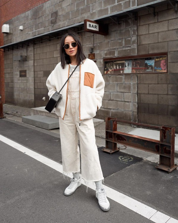 jacket teddy jacket denim jumpsuit white sneakers stripes crossbody bag black bag
