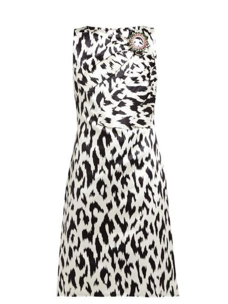 Calvin Klein 205w39nyc - Leopard Print Crystal Brooch Silk Dress - Womens - Black White