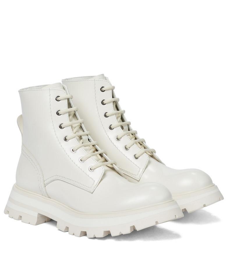 Alexander McQueen Wander leather combat boots in white