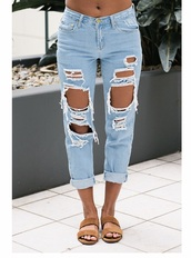 jeans,mom jeans,loose,blue,ripped,cute,casual