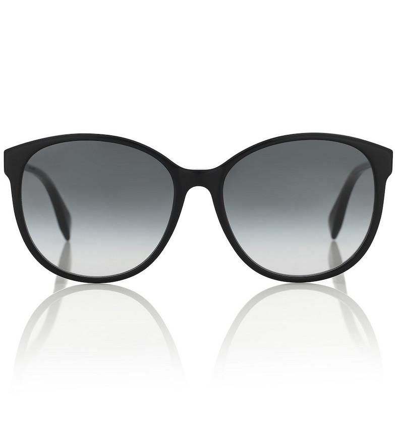 Fendi Round sunglasses in black
