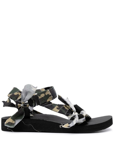 Arizona Love Trekky camouflage-print sandals in green