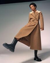 shoes,coat,dress