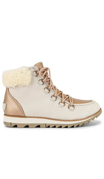 Sorel Harlow Lace Lux Bootie in Ivory