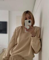 pants,sweater