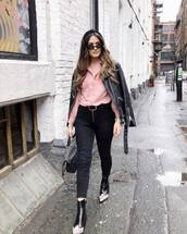 top,shirt,pink shirt,black bag,black boots,ankle boots,black skinny jeans,topshop,black belt,black leather jacket