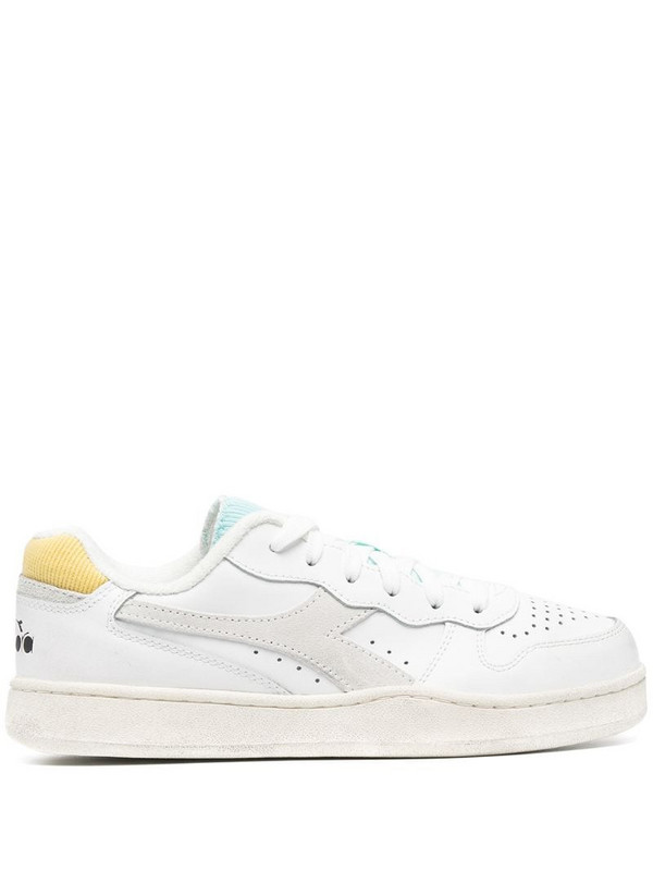 Diadora Basket low-top sneakers in white