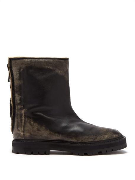 Maison Margiela - Tabi Split Toe Distressed Leather Ankle Boots - Womens - Black
