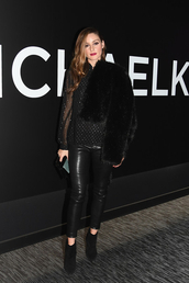 pants,fall outfits,blogger,blogger style,celebrity,olivia palermo,blouse,leather pants,leather,faux fur,faux fur jacket