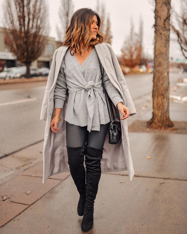 sweater grey sweater black boots over the knee boots grey coat black bag leggings