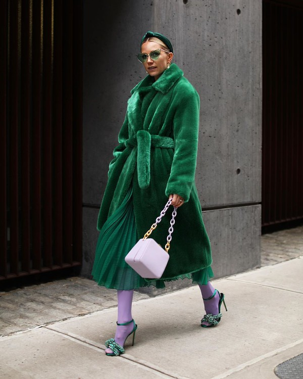 coat faux fur coat green coat green skirt pleated skirt h&m white bag tights sandals headband