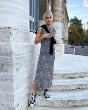 dress,sleeveless dress,midi dress,sneakers,sweater