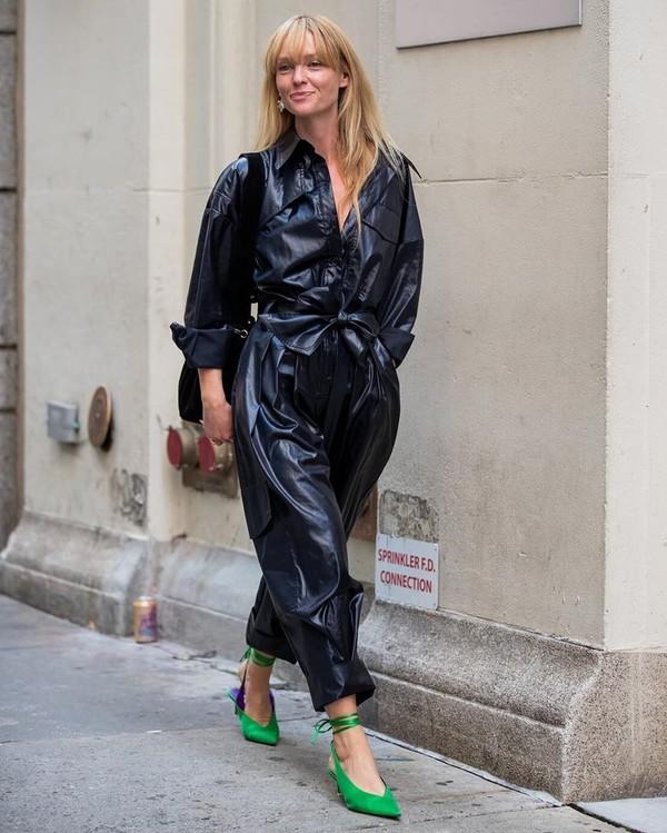 jumpsuit black leather pants leather long sleeves slingbacks black bag