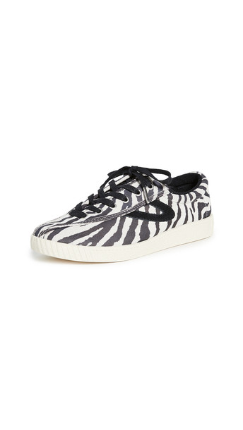 Tretorn Nylite 37 Plus Lace Up Sneakers in black / white