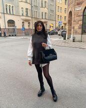 sweater,turtleneck sweater,black boots,tights,black bag,white shirt