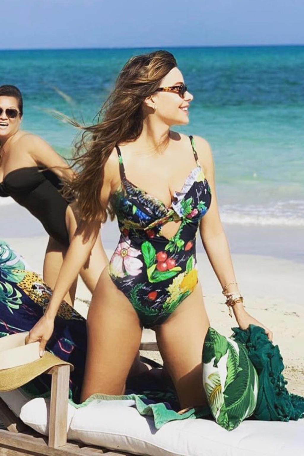6c91737758bc0 swimwear, floral, floral swimwear, sofia vergara - Wheretoget