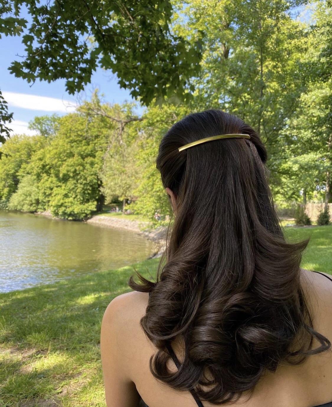 hair accessory gold hair