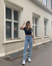jeans,straight jeans,sneakers,black top,crop tops,bag