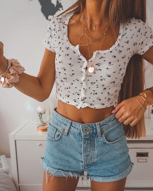 shirt top floral crop tops white knit button up skirt cropped button floral crop top
