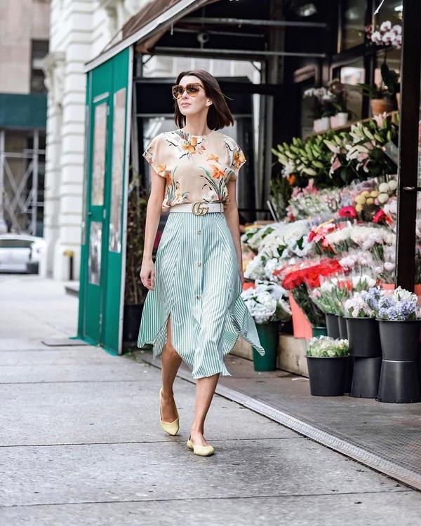 skirt midi skirt slit skirt high waisted skirt ballet flats gucci belt floral tank top