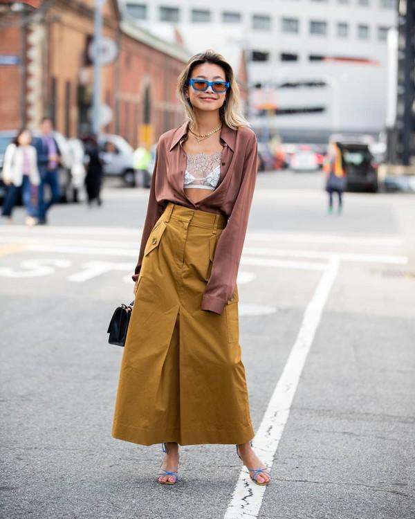 top shirt silk maxi skirt sandal heels black bag lace bralette