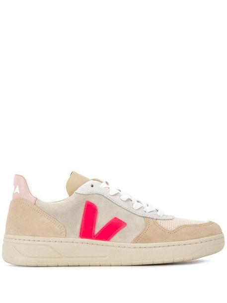 Veja V-10 colour-block sneakers in neutrals