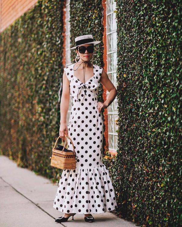 dress maxi dress polka dots sleeveless dress mules handbag hat black sunglasses