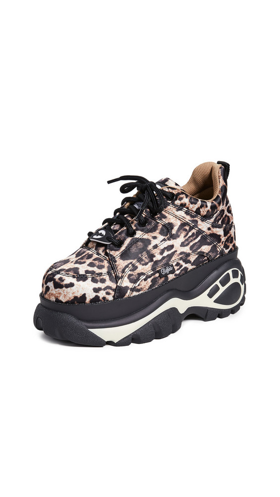 Buffalo London 1337-14 Classic Kicks Sneakers in leopard