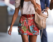 mini,jacket,skirt,floral,print,blue skirt,red skirt,green skirt,pink skirt,blouse,belt,bag,clothes,purse,shirt,multicolor skirt,floral skirt,tan leather bag,over the shoulder purse,white t-shirt,л,dress,jewels,moda,cute,stylish,top,outfit,oversized sweater