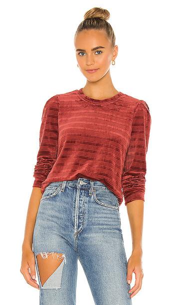 HEARTLOOM Somi Sweatshirt in Red