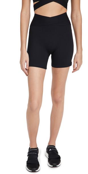 Le Ore Corso Crossover Shorts
