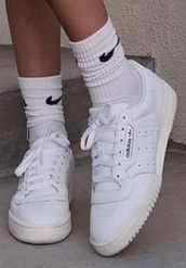 shoes,adidas,adidas shoes,emma chamberlain,white sneakers